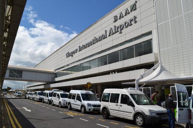 استفاده از تاکسی در فرودگاه گلاسکو