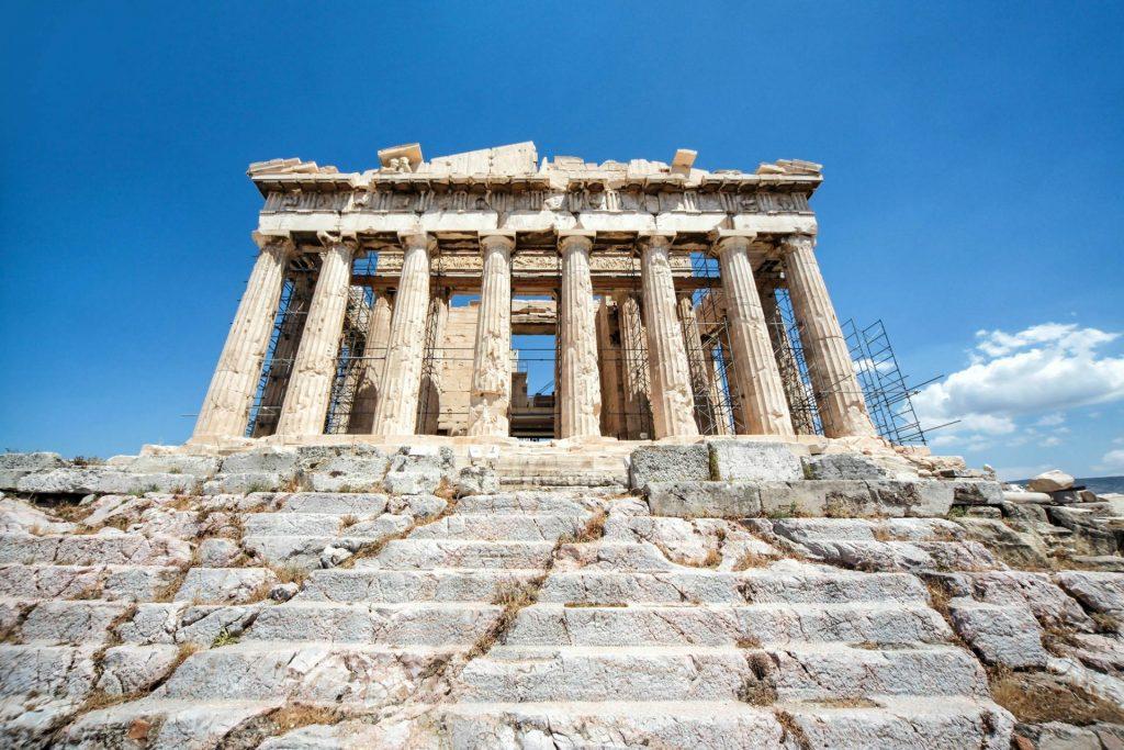 بررسی دلایل رکود در گردشگری یونان