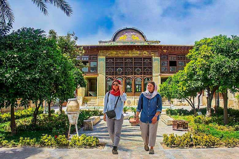 حضور گردشگران خارجی در ایران