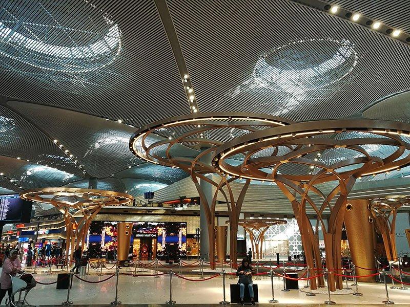 بزرگ ترین فرودگاه دنیا