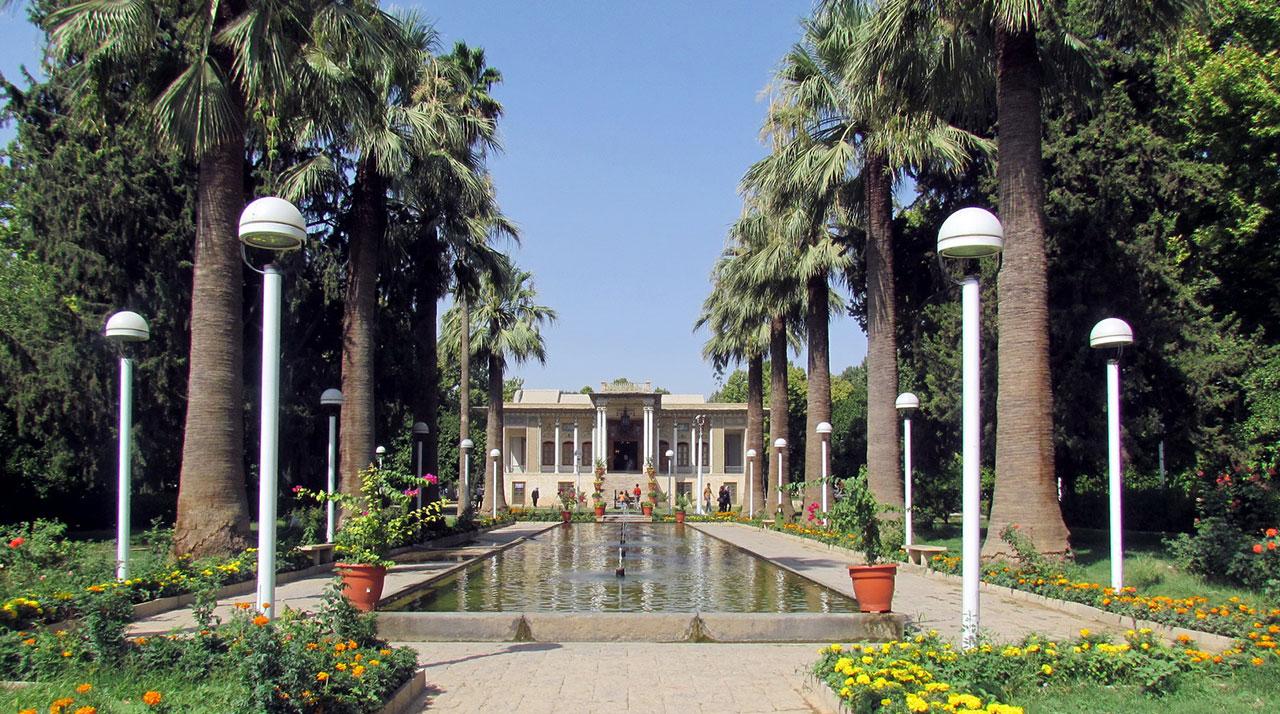 گردشگری ایران- گردشگری شیراز- باغ ایرانی- باغ عفیف آباد شیراز- شیراز