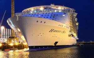 گردشگری جهان - بزرگ ترین کشتی تفریحی دنیا - کشتی تفریحی هارمونی دریاها