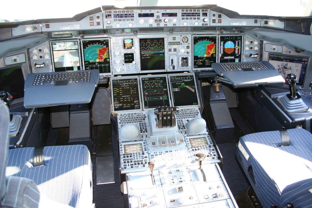 ایرباس A380؛ غول پیکرترین هواپیمای مسافربری جهان در یک نگاه