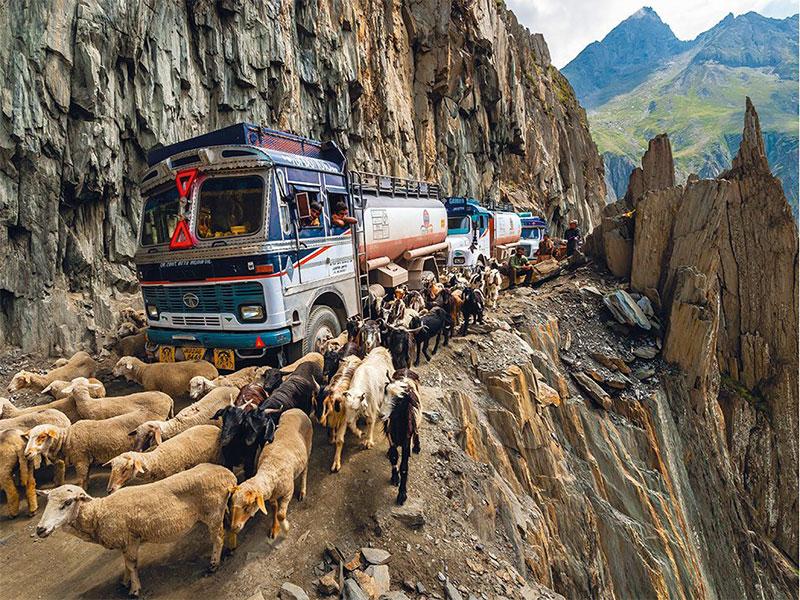 ترسناک ترین جاده های جهان