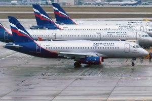 Sukhoi_Superjet_100