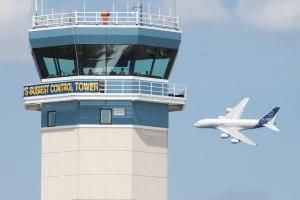 از لحظه پرواز تا فرود در برج مراقبت چه می گذرد؟