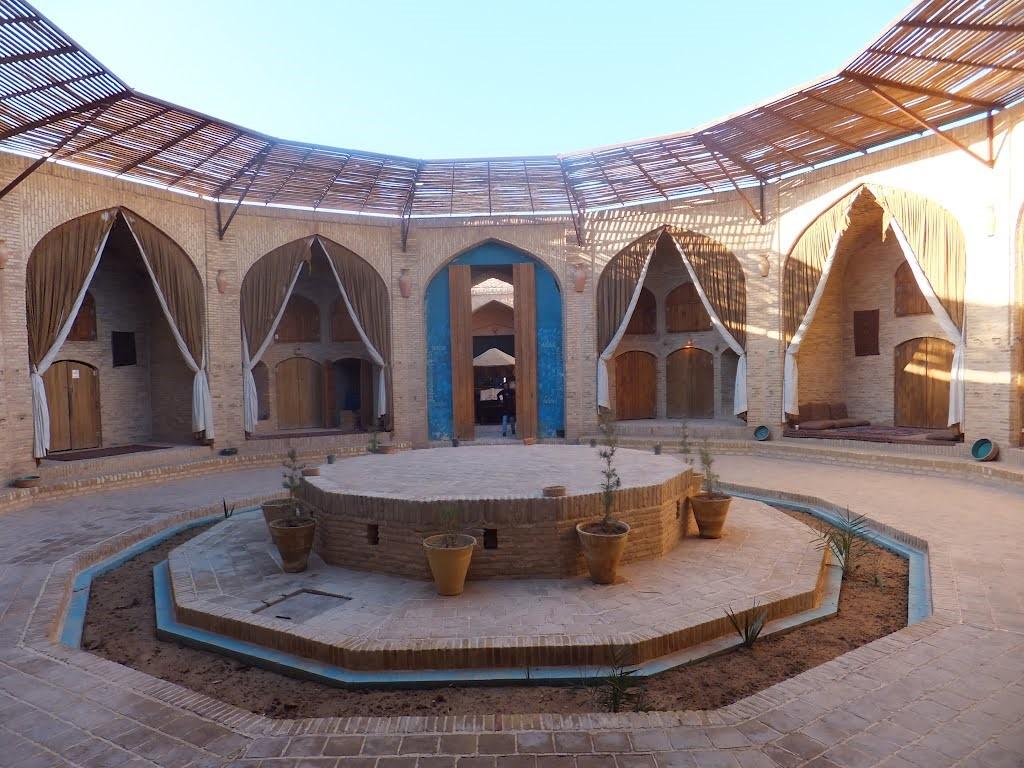 karvansara، هتل به سبک ایرانی