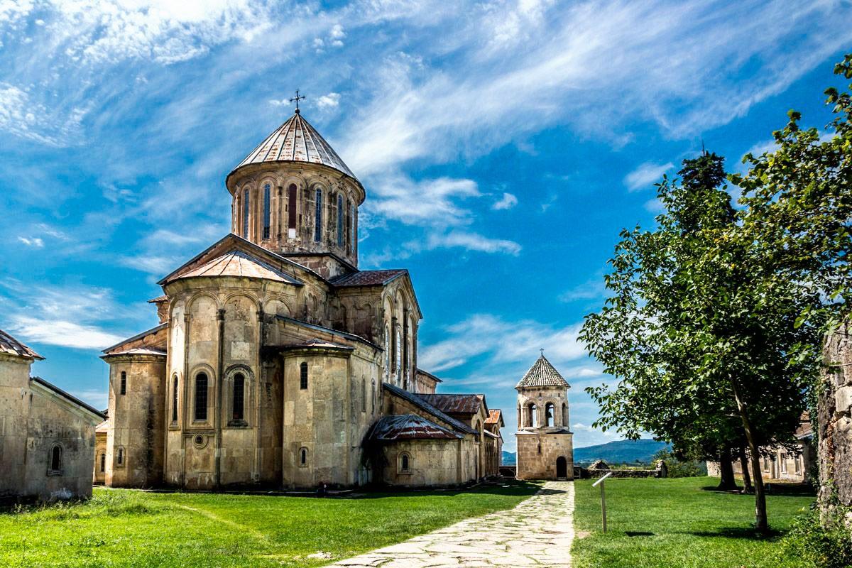 gelati-monastery-in-kutaisi