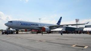 مشخصات دومین هواپیمای ایرباس هما ایرباس 330-200
