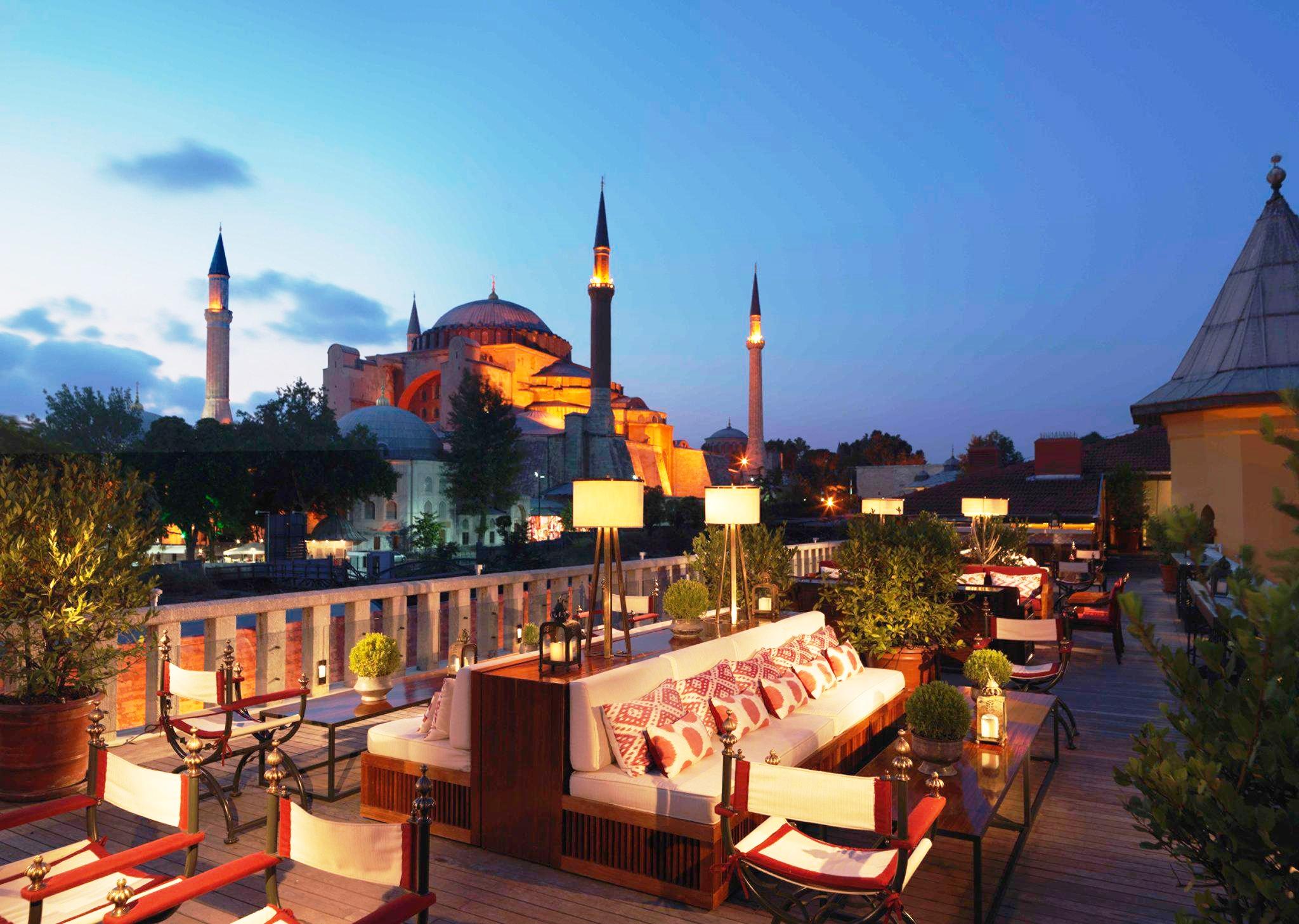 هتل فورسیزن (چهار فصل) استانبول در سلطان احمد
