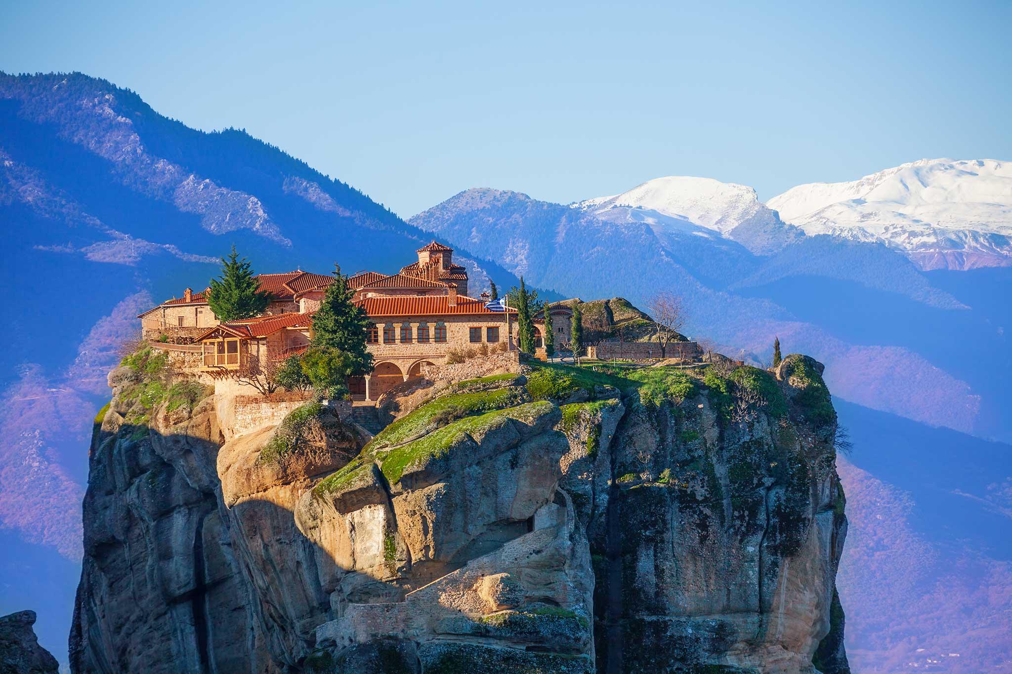 متئورا صخره های معلق در آسمان یونان