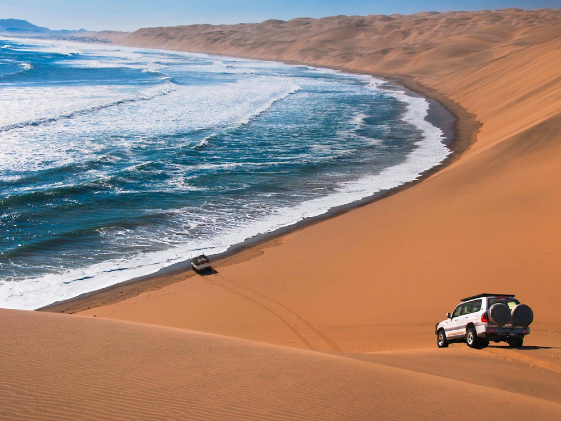 صحرای نامیب؛ محلی که اقیاونس و کویر به هم می رسند