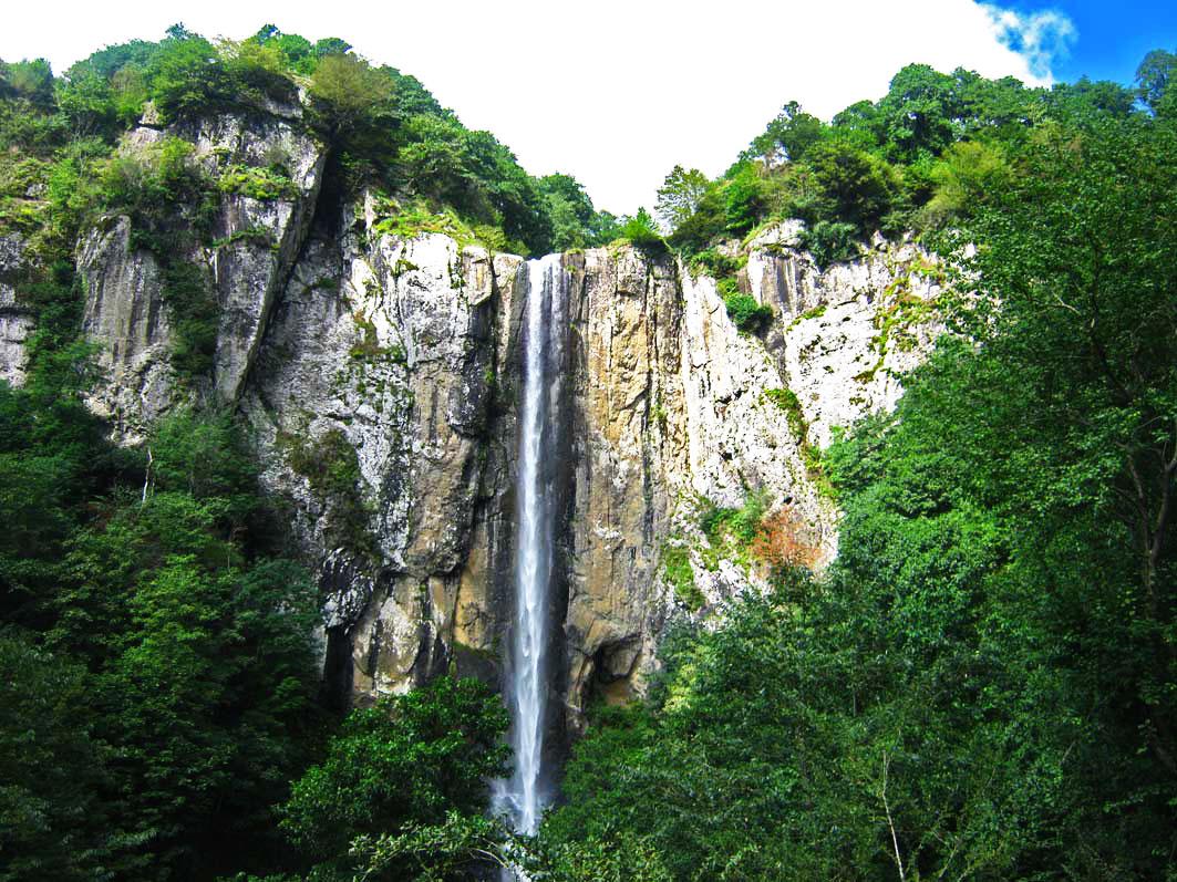 آبشار لاتون مرتفع ترین آبشار ایران