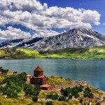 قلعه ناریکالا بر روی کوه های تفلیس