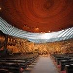 کلیسای تمپلیاکیو فنلاند ؛رباتی خوابیده در دل زمین