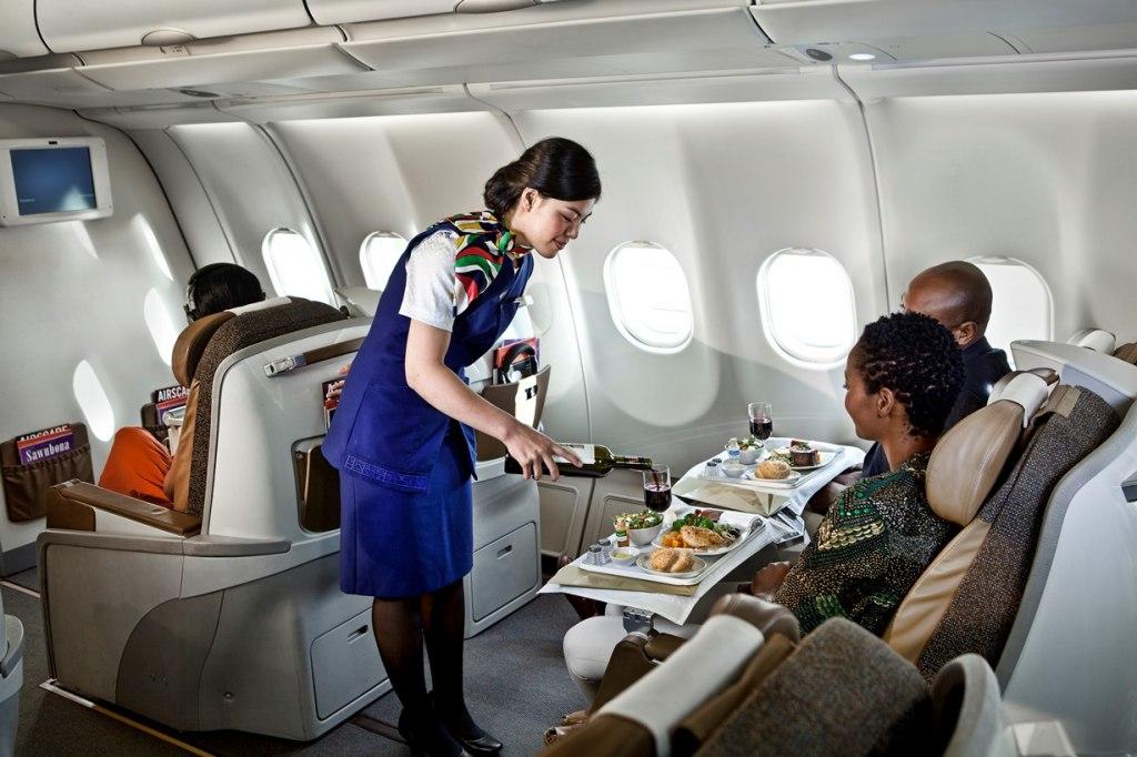 آشنایی با مواد خوراکی ممنوع قبل از پرواز