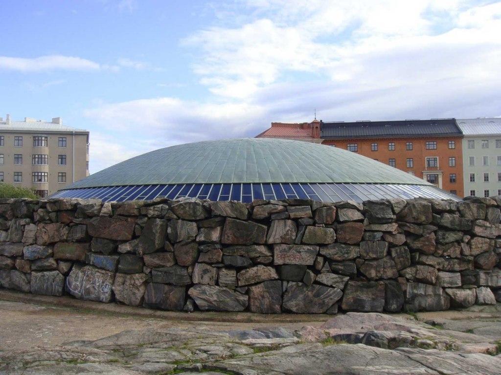 معماری زیبای کلیسای تمپلیاکیو فنلاند