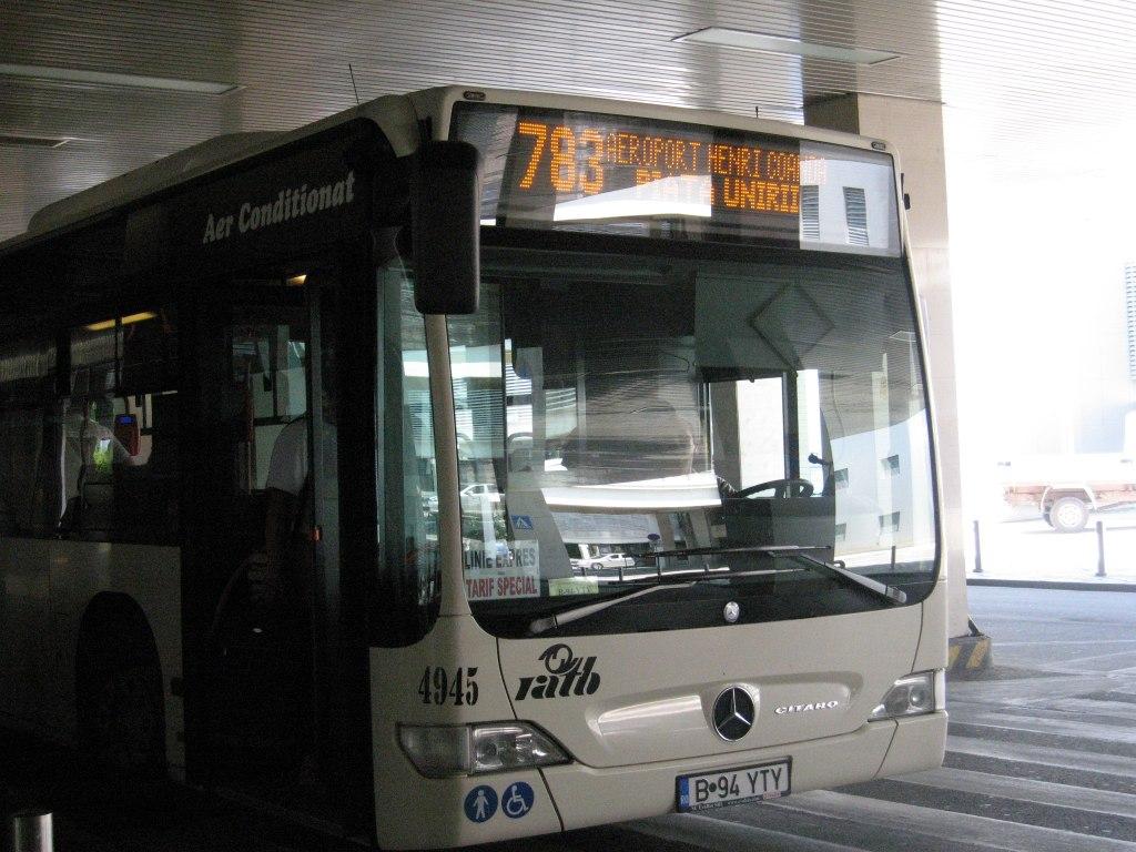 اتوبوس محلی در بخارست