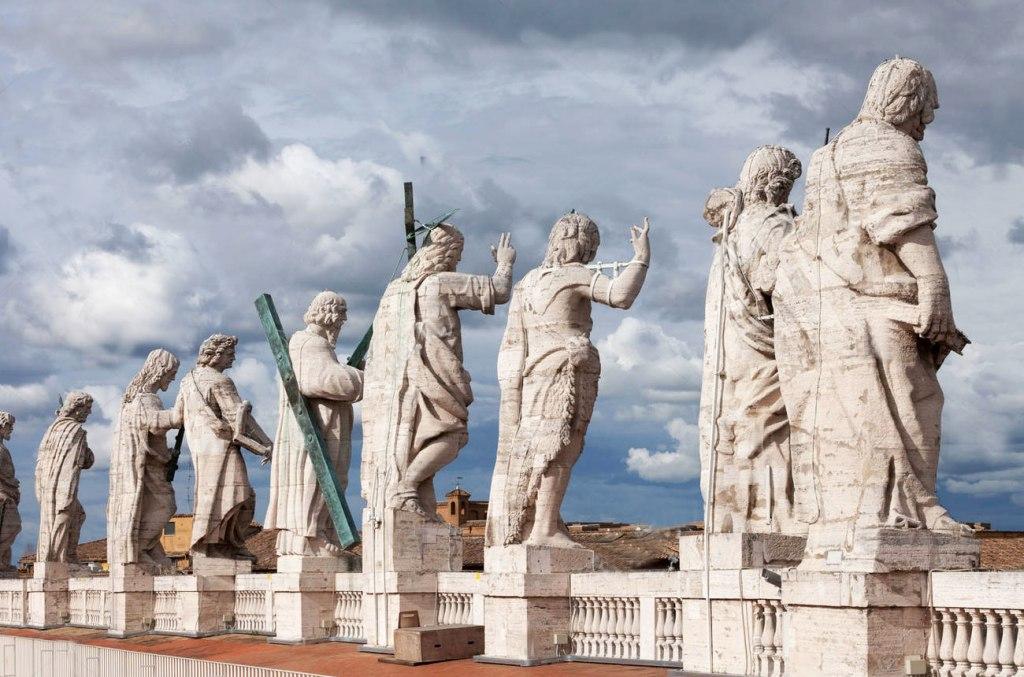 آثار باستانی کلیسای جامع سنت پیتر