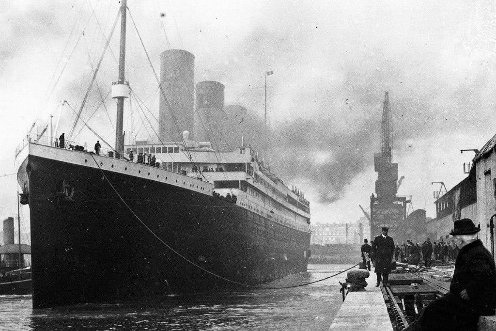 حادثه گردشگری با کشتی مسافربری