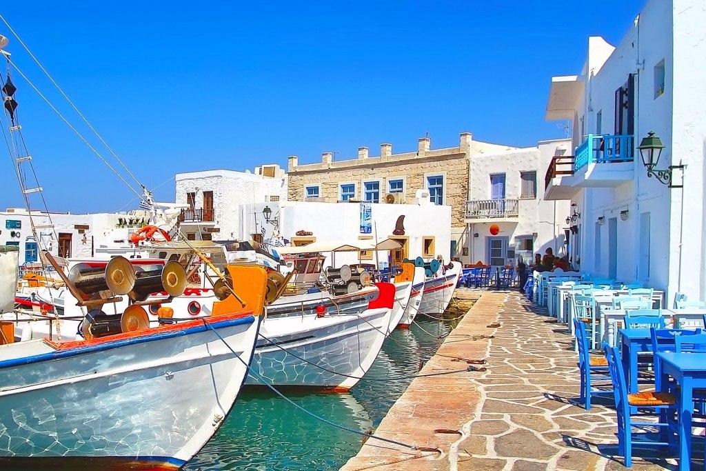 جزیره پاروس در یونان