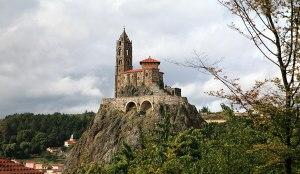 عجیب ترین کلیساهای جهان با معماری خارق العاده!