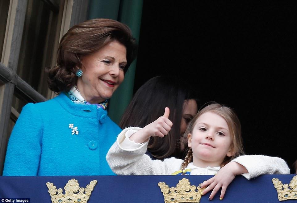 تولد استلا پرنسس کوچولو خانواده سلطنتی