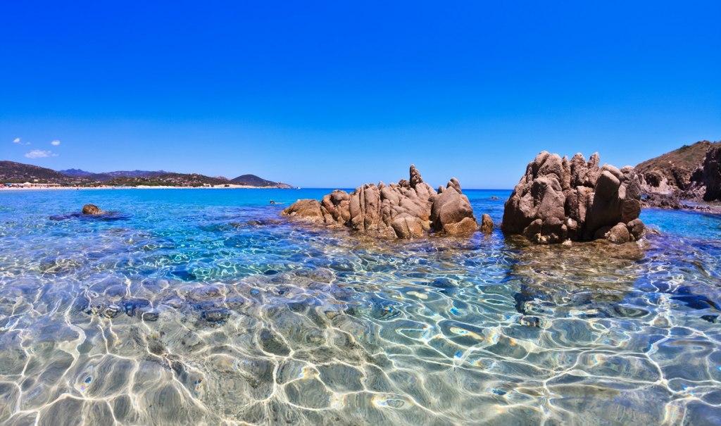 ساحل Cala Soraja در جزیره Spargi، ایتالیا