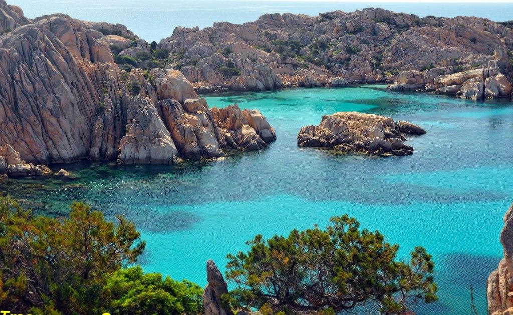 ساحل Costa Rei در جزیره ساردینیا ی ایتالیا