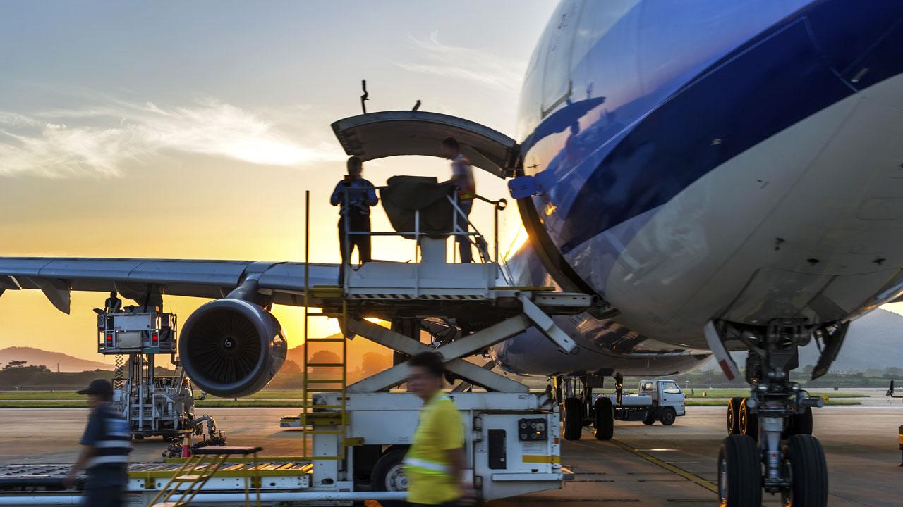 فلایت چک و بازرسی فنی هواپیما