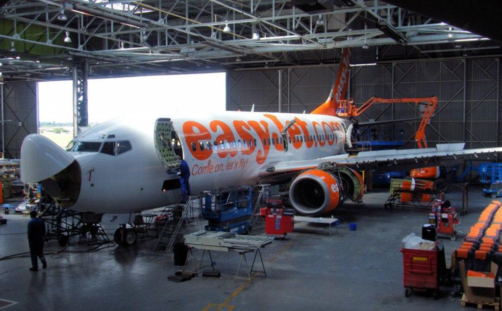 فلایت چک هواپیما و بررسی فنی چگونه انجام می شود؟