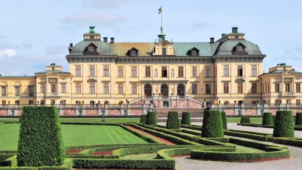 کاخ دروتنینگهولم