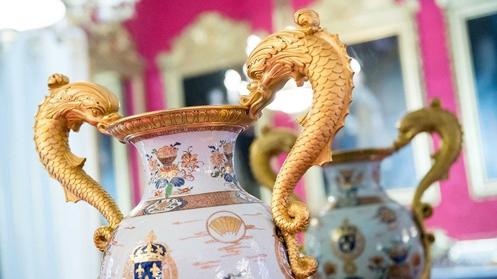 ظروف چینی خاص و زیبای کاخ باکینگهام لندن