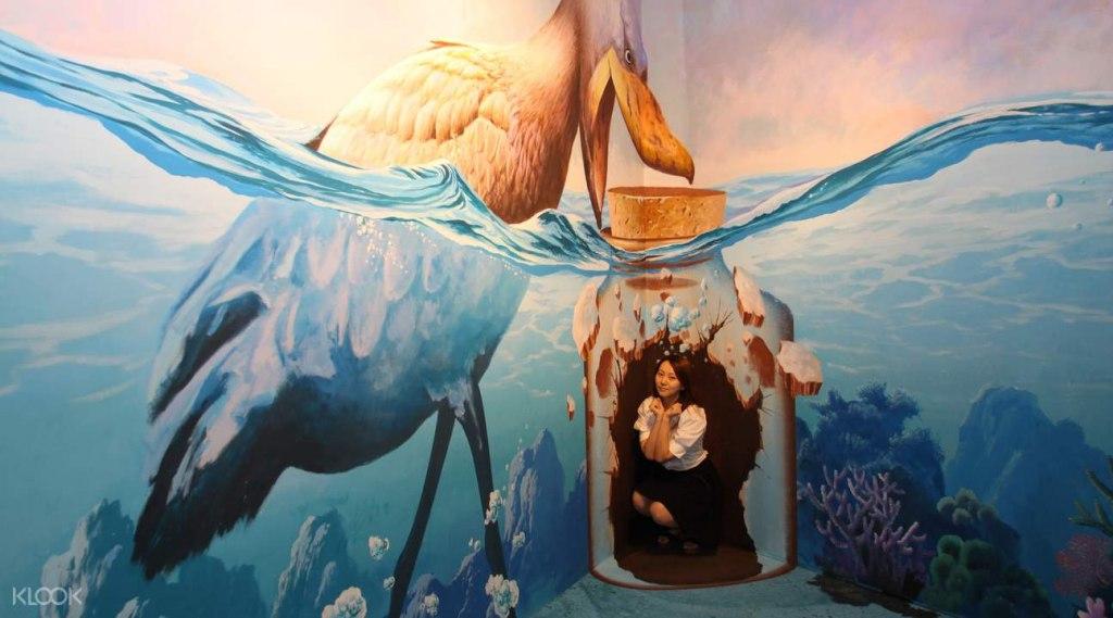 گالری هنر در بهشت تایلند