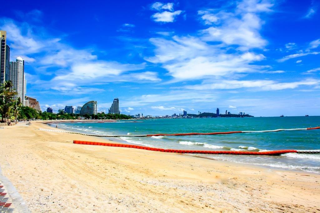 ساحل وانگ آمات | Wong Amat Beach