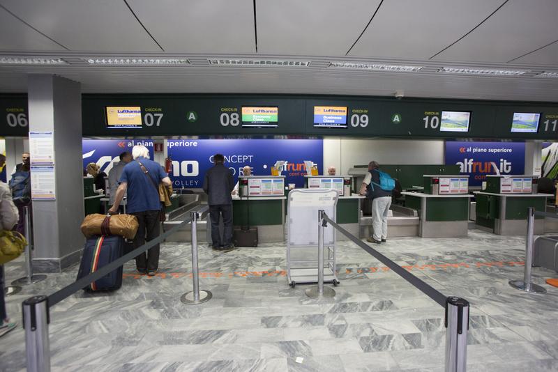 فرودگاه پیزا