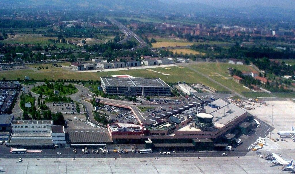 فرودگاه بولونیا