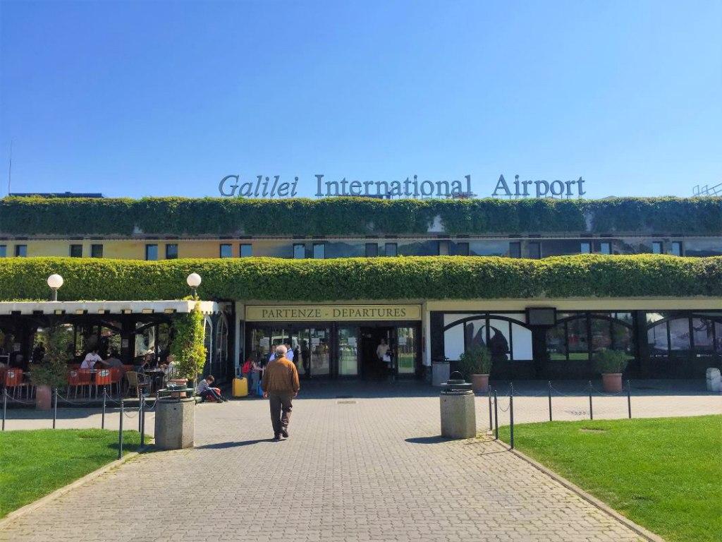 مشخصات فرودگاه پیزا