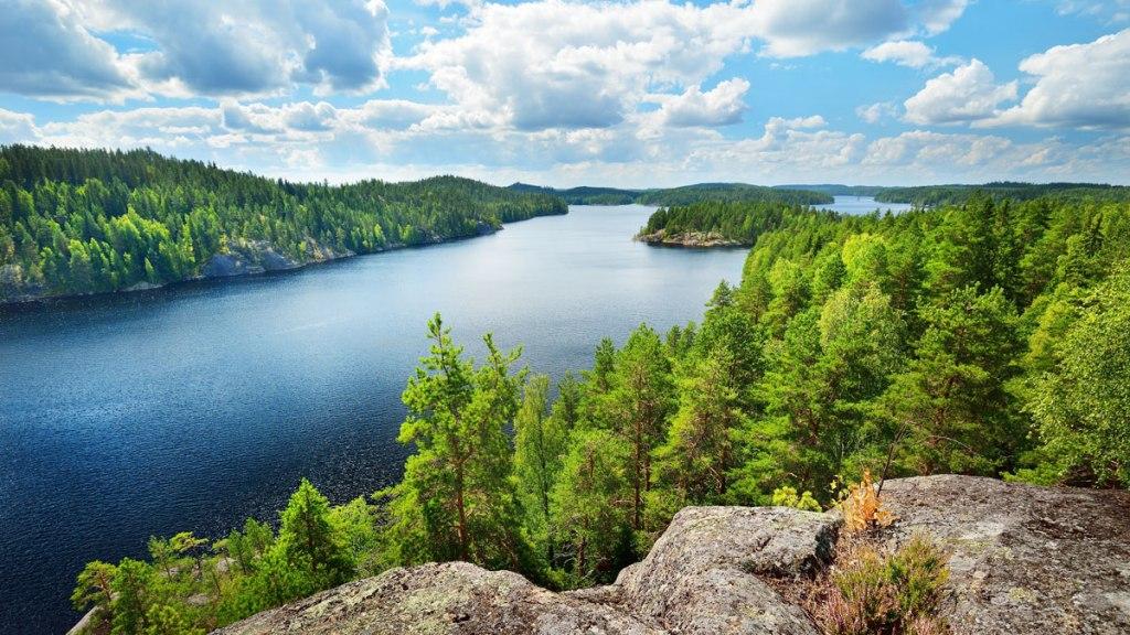 وضعیت جغرافیایی فنلاند