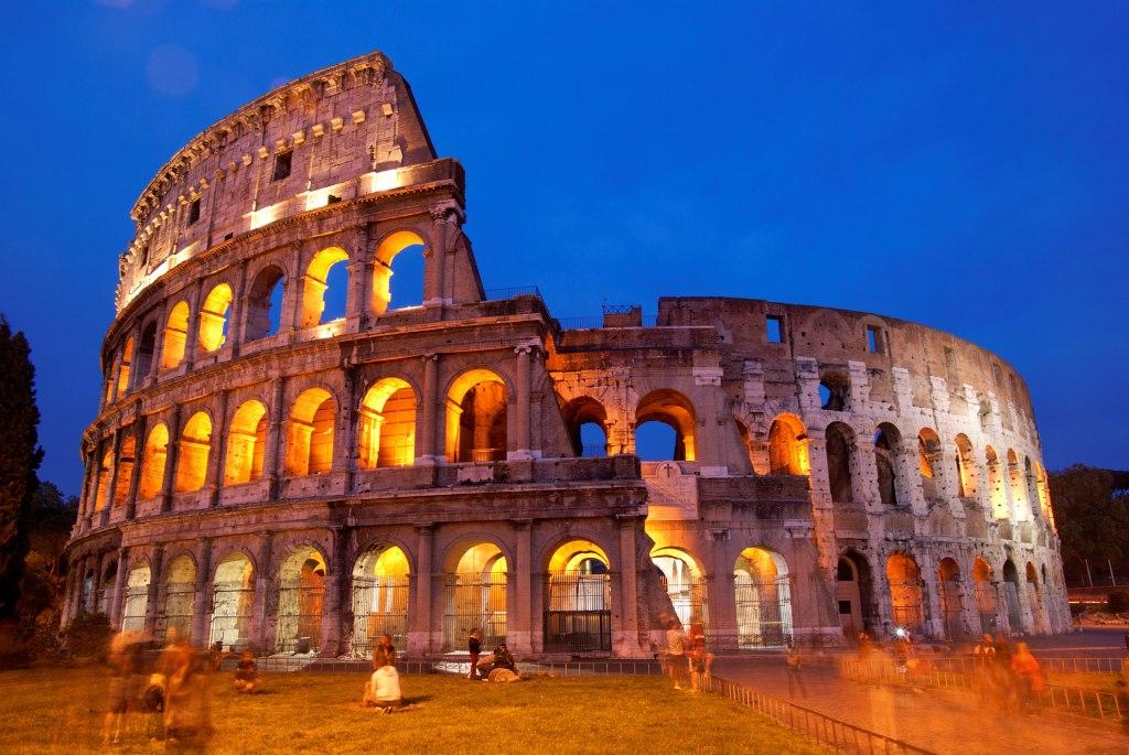 کولوسئوم روم ، آمفی تئاتری برای تماش مرگ !