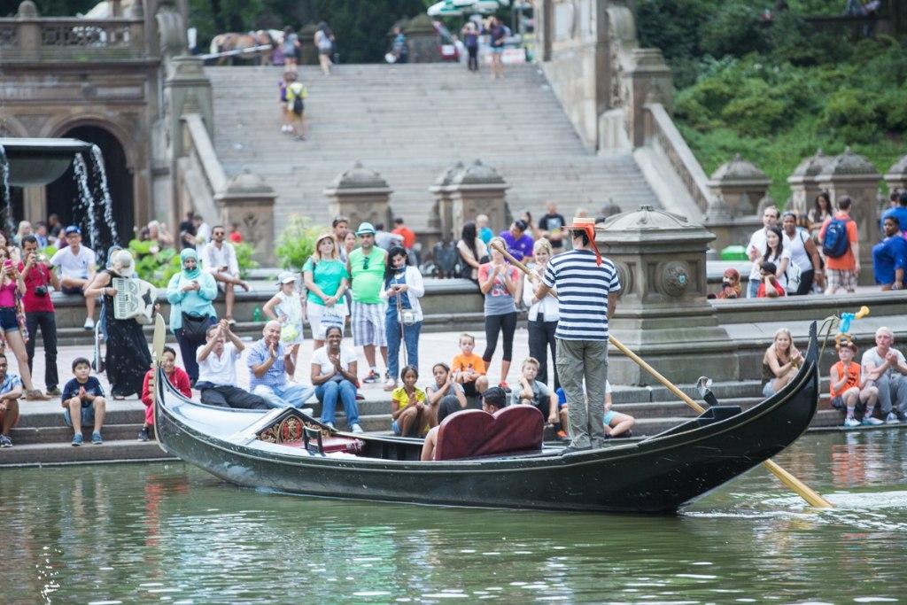 قایق سواری در سنترال پارک نیویورک
