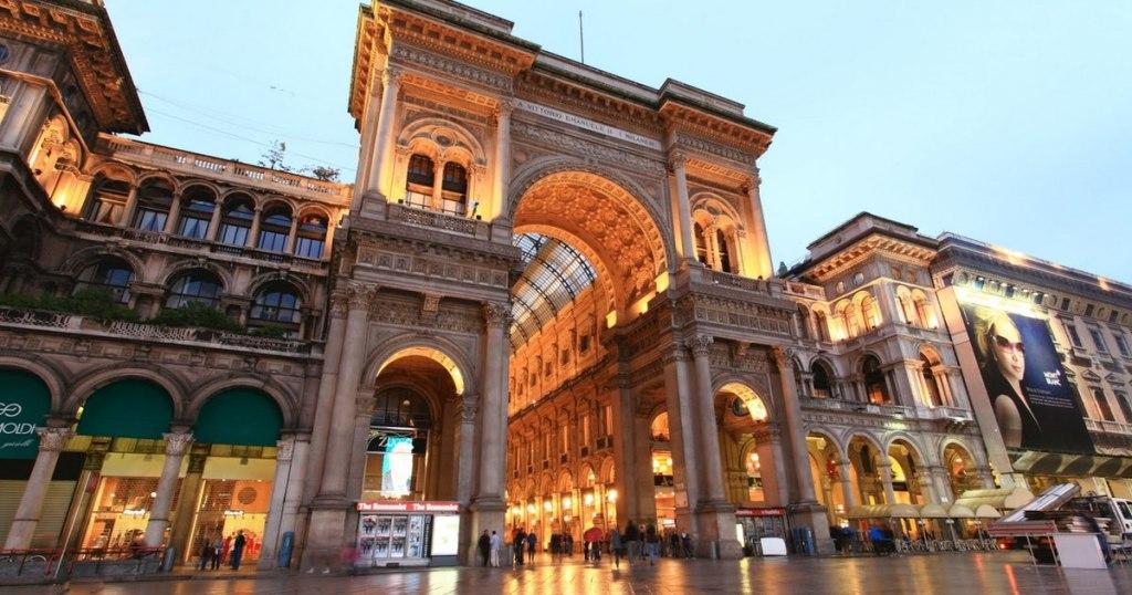 گالری ویتوریو امانوئل دوم مرکز خریدی لوکس در میلان