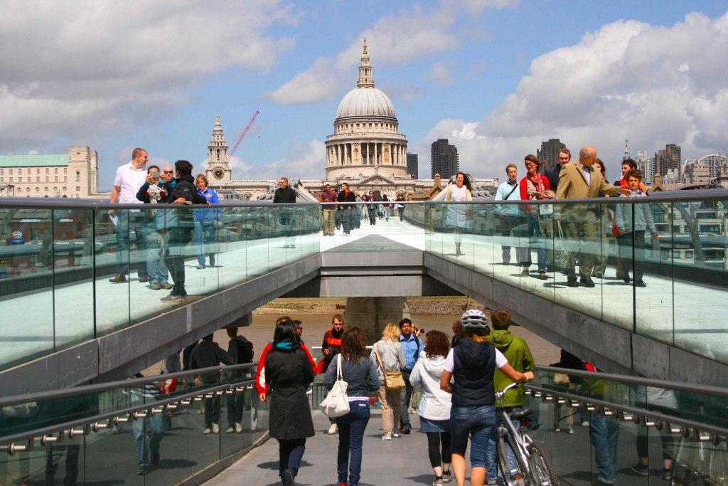 هزینه ی سفر به لندن