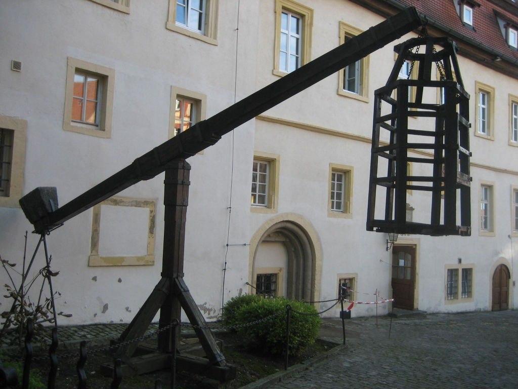 موزه جنایات قرون وسطی در روتنبرگ آلمان {hendevaneh.com}{سایتهندوانه} - 042c5274 ae93 397f 95c8 4adf74706579 1024x768 - موزه جنایات قرون وسطی در روتنبرگ آلمان