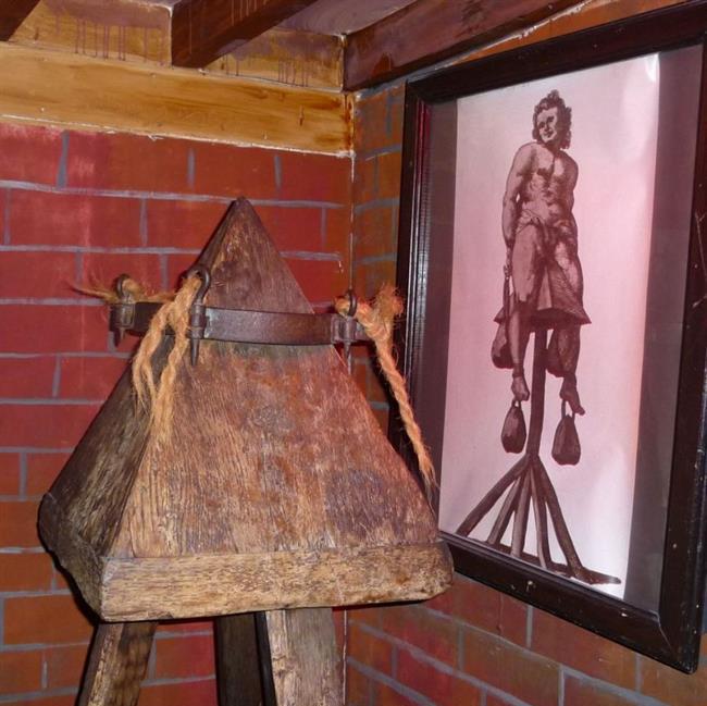 موزه جنایات قرون وسطی در روتنبرگ آلمان {hendevaneh.com}{سایتهندوانه} - 2257290272 - موزه جنایات قرون وسطی در روتنبرگ آلمان