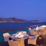 رستوران های آتن با غذاهای یونانی