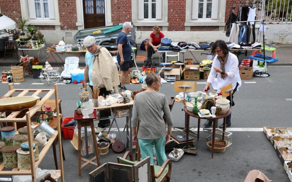 بازار کهنه فروشان | Grand vide-greniers à Paris