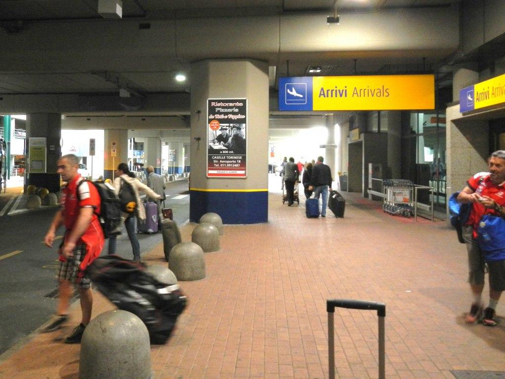 حمل و نقل در فرودگاه تورین چگونه است؟