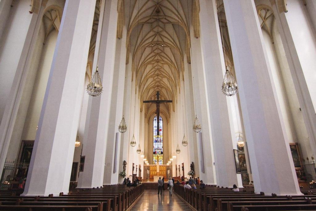 معماری کلیسای بانوی ما آلمان