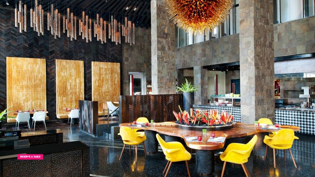رستوران آتش | FIRE at W Bali